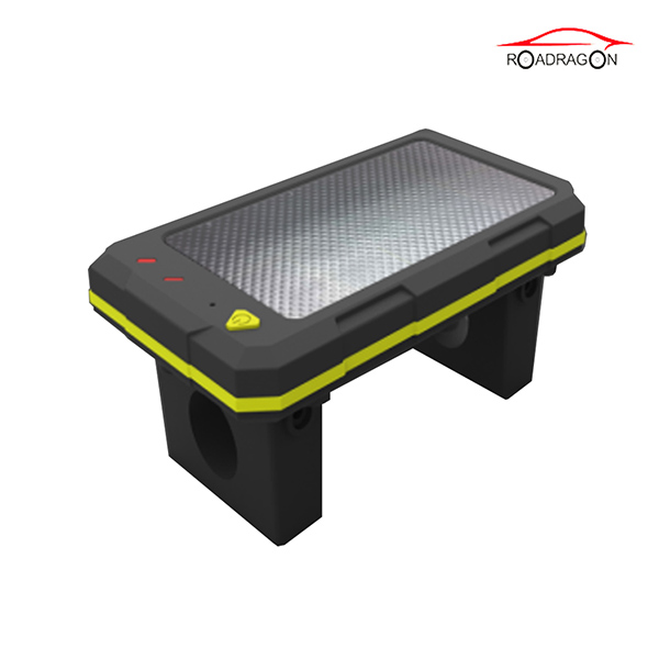 Renewable Design for Maersk Container Tracking -